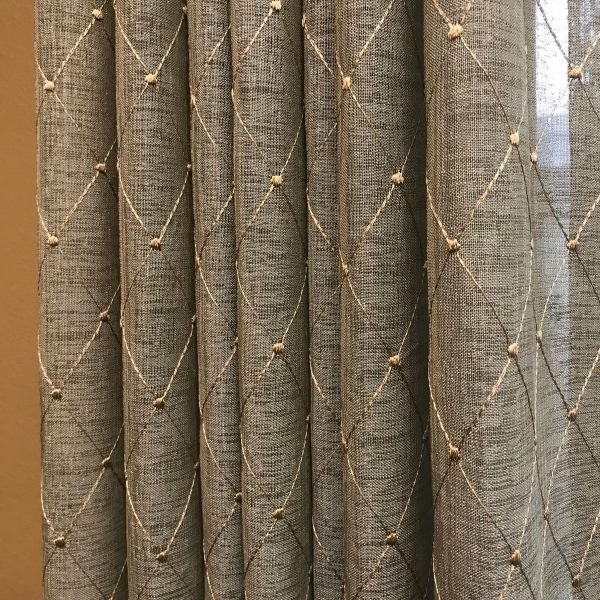 Pattern Scale in Drapes